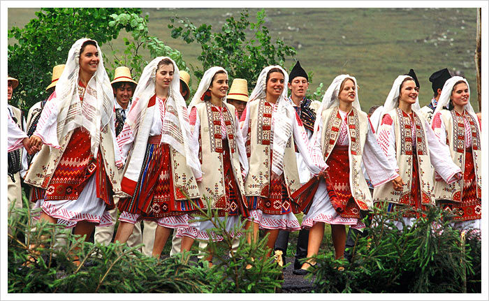 cămăşi tradiţionale româneşti