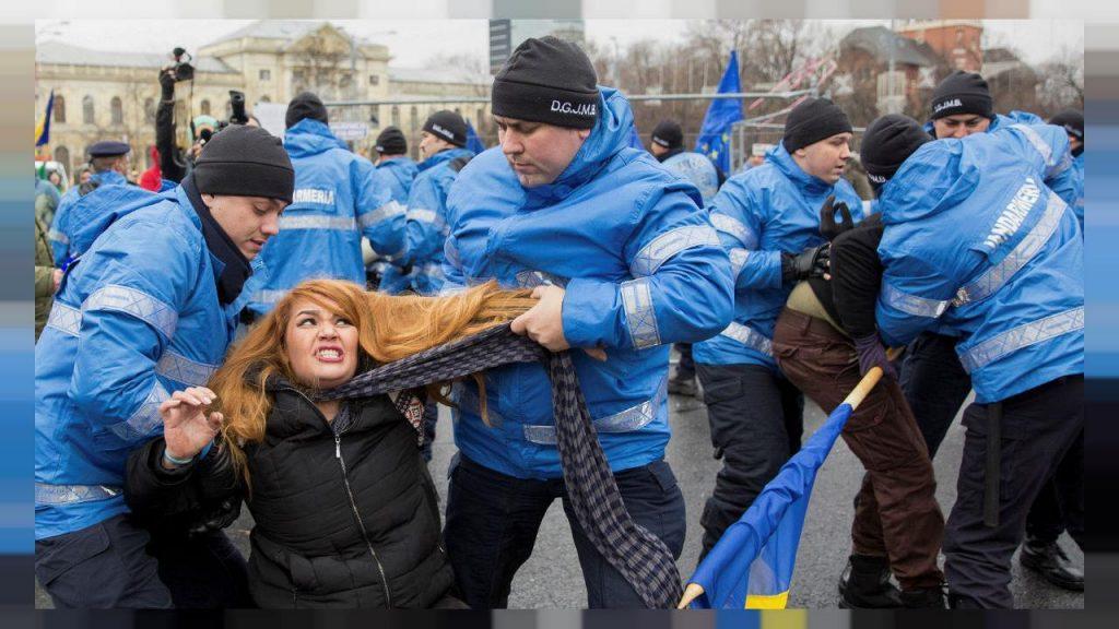 Democrația din România se confruntă cu cel mai mare pericol după 1990