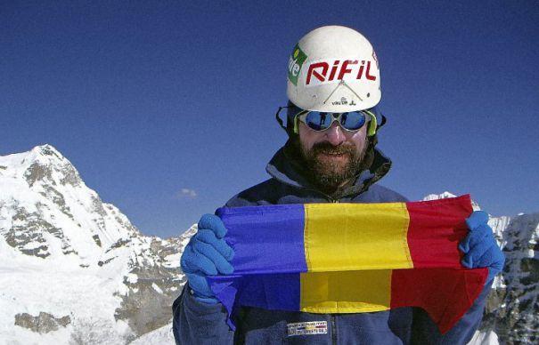 Constantin Lăcătușu, primul român pe Everest
