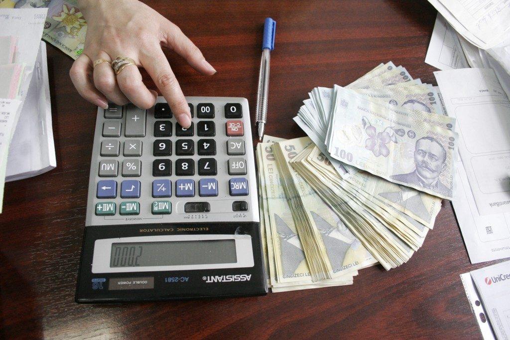 Atentat la dezvoltarea economiei naţionale. Românii din diaspora, obligaţi să justifice banii trimişi în ţară