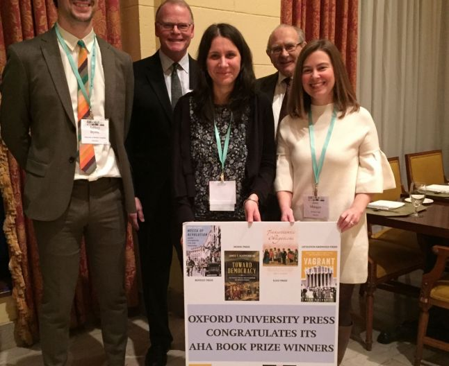 Cercetătoare din România, premiată de Asociaţia Americană de Istorie pentru o lucrare publicată la Oxford