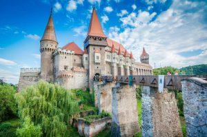Castelul Corvinilor, legenda vie a Transilvaniei