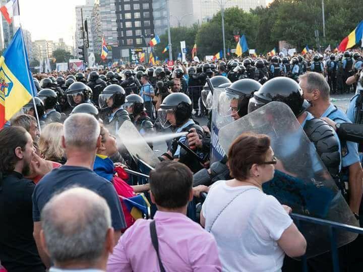Ce se intampla in Romania NU este democratie. A fost o declaratie deschisa de razboi impotriva propriului popor!