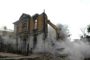 Cale liberă pentru distrugerea patrimoniului. Proiect PSD prin care intervenția fără autorizație asupra monumentelor istorice nu mai sunt infracțiuni