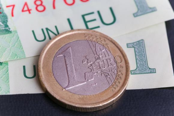 Cel mai SLAB Leu din istorie. Euro trece de pragul psihologic de 4,7 lei