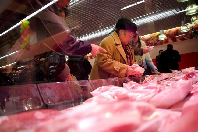 ALERTĂ. În România a intrat carne de vită de la animale bolnave, din Polonia.