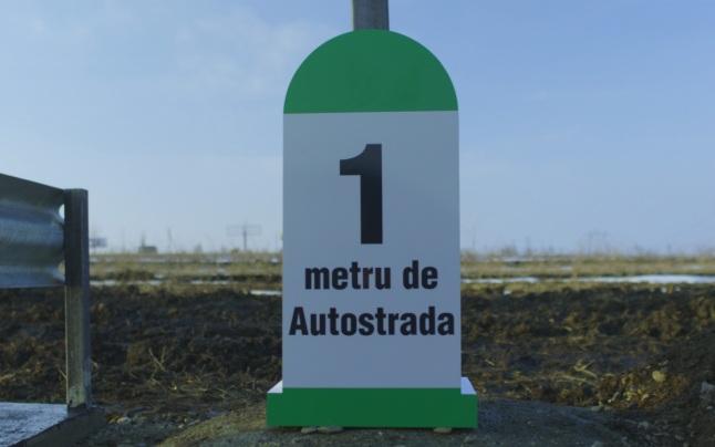 PROTEST INEDIT. Un om de afaceri a construit din bani proprii primul metru de autostradă din Moldova.