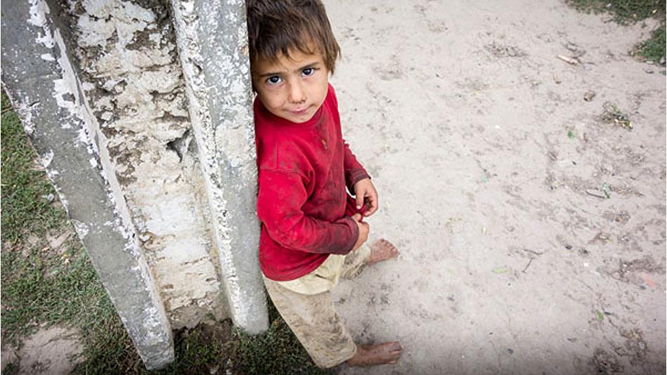 Unul din zece copii nu are suficientă mâncare și se duce flămând la culcare, iar în 80% dintre gospodării, copiii și tinerii de toate vârstele, de la grădiniță la liceu, muncesc acasă.
